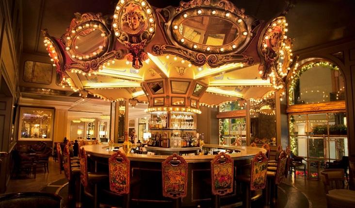 carousel-bar-lounge-new-orleans-hotel-bar-732x428